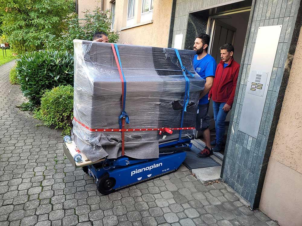 Klaviertransport in Zürich